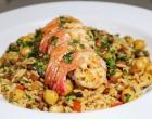 Camarão grelhado com arroz de calabresa: aprenda receita suculenta