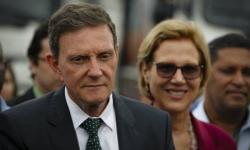 Crivella dá calote de R$ 230 milhões ao BNDES antes de anunciar R$ 400 milhões em conservação de ruas para ano eleitoral
