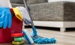 Economize fazendo seus próprios produtos de limpeza em casa