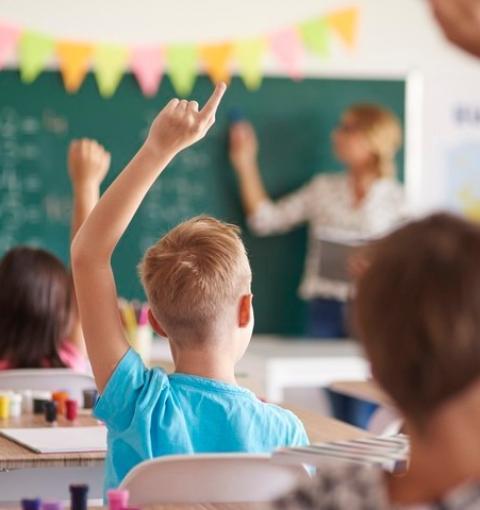Prefeitura de Ibaiti abre dois editais de contratação para a área de Educação