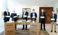 Governo do Paraná recebe doação de 400 mil máscaras