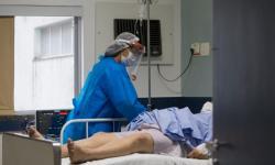 Comissão debate sobre a disponibilidade de medicamentos para intubação