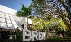 BRDE atinge marco de mais de R$ 900 milhões em contratos no Paraná
