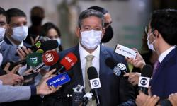 Lira comemora primeiro registro definitivo na Anvisa de vacina contra a Covid-19