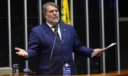 Oposição busca assinaturas para CPI na Câmara sobre responsabilidade do governo na pandemia