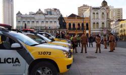 Ações de fiscalização fecham seis estabelecimentos em Curitiba: PCPR flagra festa em Piraquara