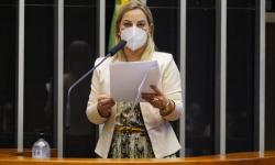 Projeto atribui à justiça comum competência para julgar crimes de violência doméstica envolvendo militares