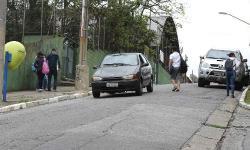 """Cinco razões para nunca mais descer ladeira com o carro na """"banguela"""""""