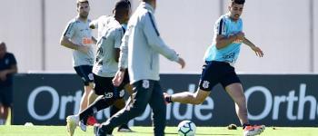 Com Ramiro, Carille indica time titular no segundo dia de treinos no Corinthians