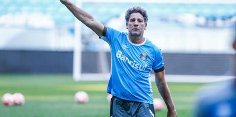 """Renato brinca com curso da CBF e não crava renovação: """"Estou em Alcatraz"""""""