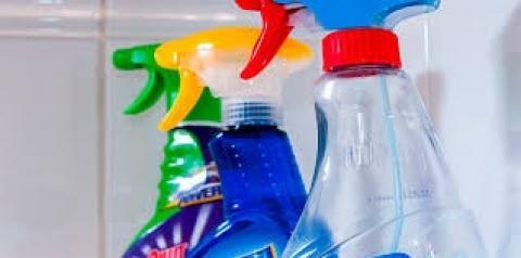 Saiba como utilizar o detergente de forma eficaz na limpeza da casa