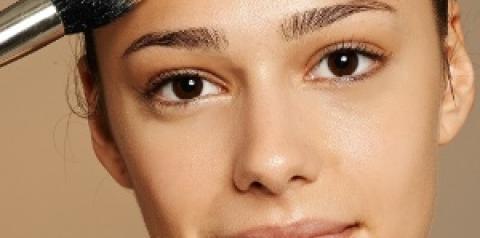 Base para rosto: tudo o que você precisa saber para uma pele perfeita