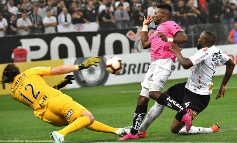 Corinthians e São Paulo podem reencontrar fantasmas na Libertadores 2020