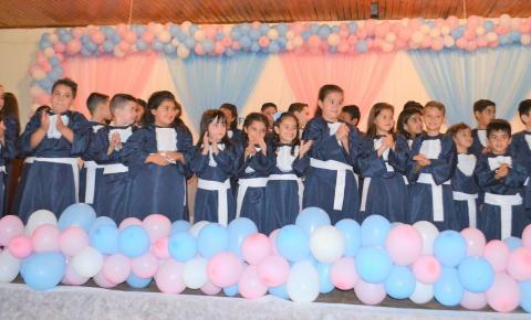 Siqueira Campos: Escola Arthur Costa e Silva realiza grande evento de formatura