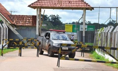 Presídio em Rio Branco registra fuga de 26 detentos