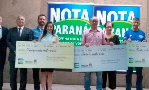 Nota Paraná entrega cheques a ganhadores de fevereiro