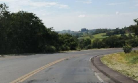 Motoristas reclamam das péssimas condições da PR092, trecho que liga Siqueira Campos a BR153