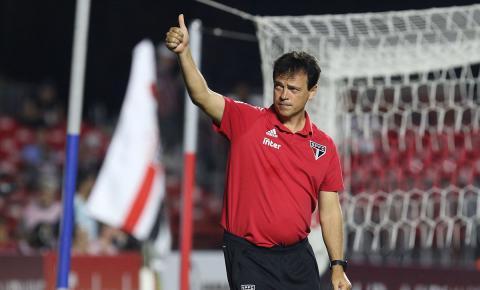 Diniz exalta caráter do elenco do São Paulo e fala sobre dificuldades de 2019