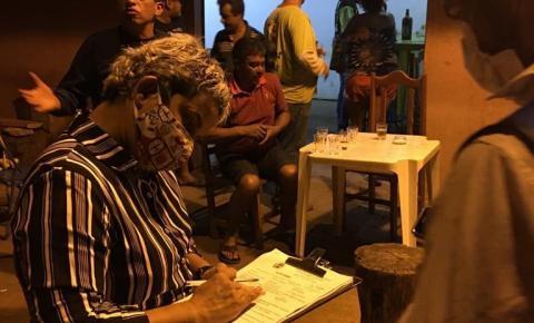 Estabelecimento é multado em mais de R$ 2 mil por funcionar em horário proibido em Siqueira Campos