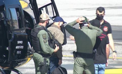 Queiroz chega ao Rio após ser preso em São Paulo
