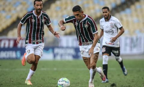 Danilo Barcelos posta mensagem após expulsão na estreia pelo Fluminense