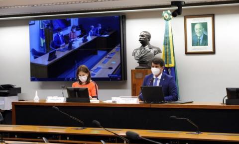 Projeto permite que Estados e municípios desvinculem recursos da Covid-19 para outras ações de saúde