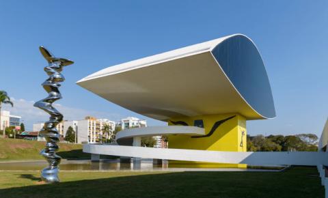 Exposição do MON recebe medalha no Brasil Design Award 2020