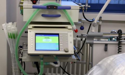 CNM aponta 591 municípios com risco de falta de kit intubação