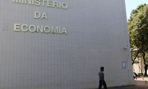 Bolsonaro veta garantia de verba para entidades durante pandemia
