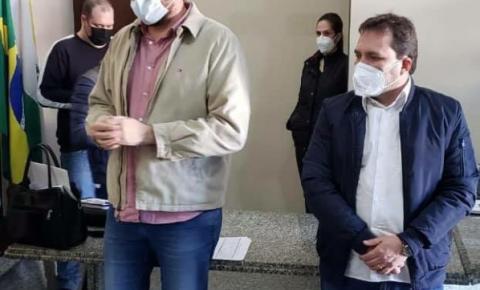 Prefeito Dr. Antonely recebe visita do deputado federal Pedro Lupion para tratar de investimentos na Saúde