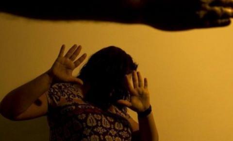 Só a denúncia pode acionar rede de proteção de mulheres, diz ministra
