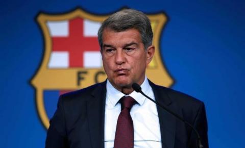 """Presidente do Barcelona nega atrito com técnico Ronald Koeman: """"Temos uma relação normal"""""""