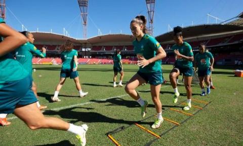 Seleção Feminina treina no Commbank Stadium de olho na Austrália