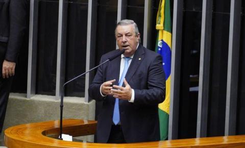 Comissão aprova permissão para produção de madeira certificada em assentamentos da reforma agrária