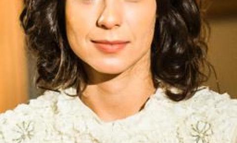 Tempo de Amar: saiba como adotar o cabelo jovial e moderninho da vilã Lucinda (Andreia Horta)