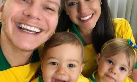 Michel Teló mostra família uniformizada para torcer pela seleção