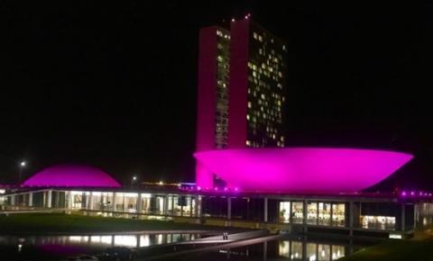 Congresso ilumina-se hoje para a campanha do Outubro Rosa