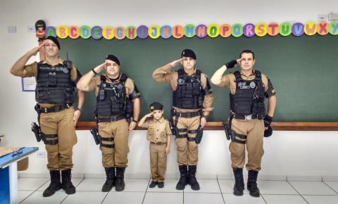 ROTAM visita escolas de Siqueira Campos e explica sobre os trabalhos da polícia