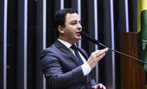 Frente parlamentar vai defender direitos das pessoas com autismo