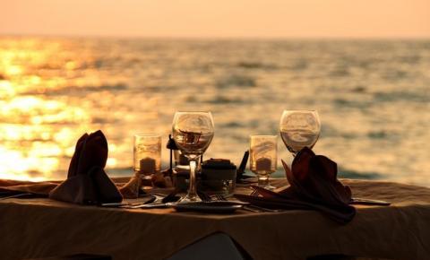 50 dicas para organizar um jantar romântico